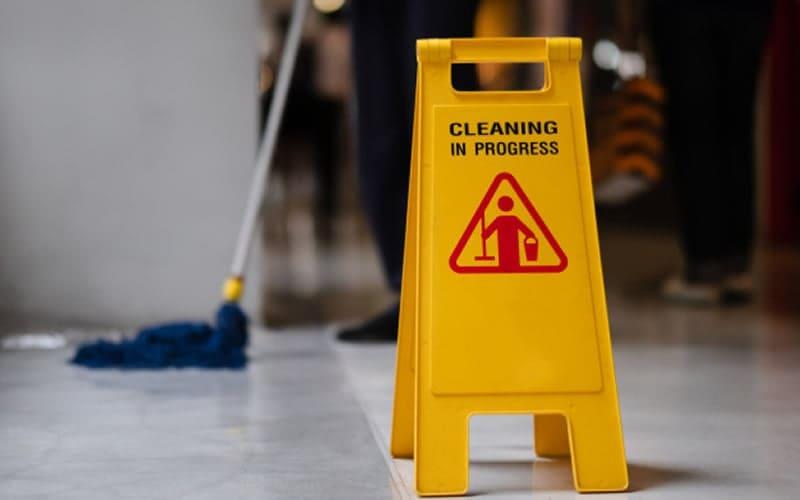 serviços de limpeza e a construção civil