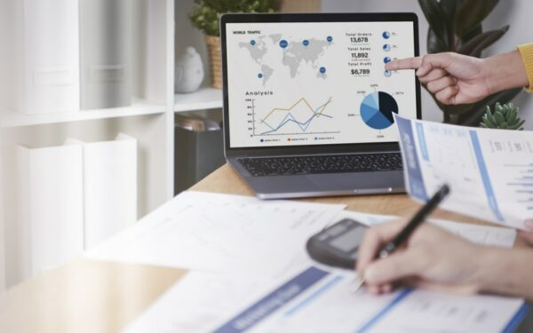Saiba como a tecnologia pode te ajudar a vender melhor